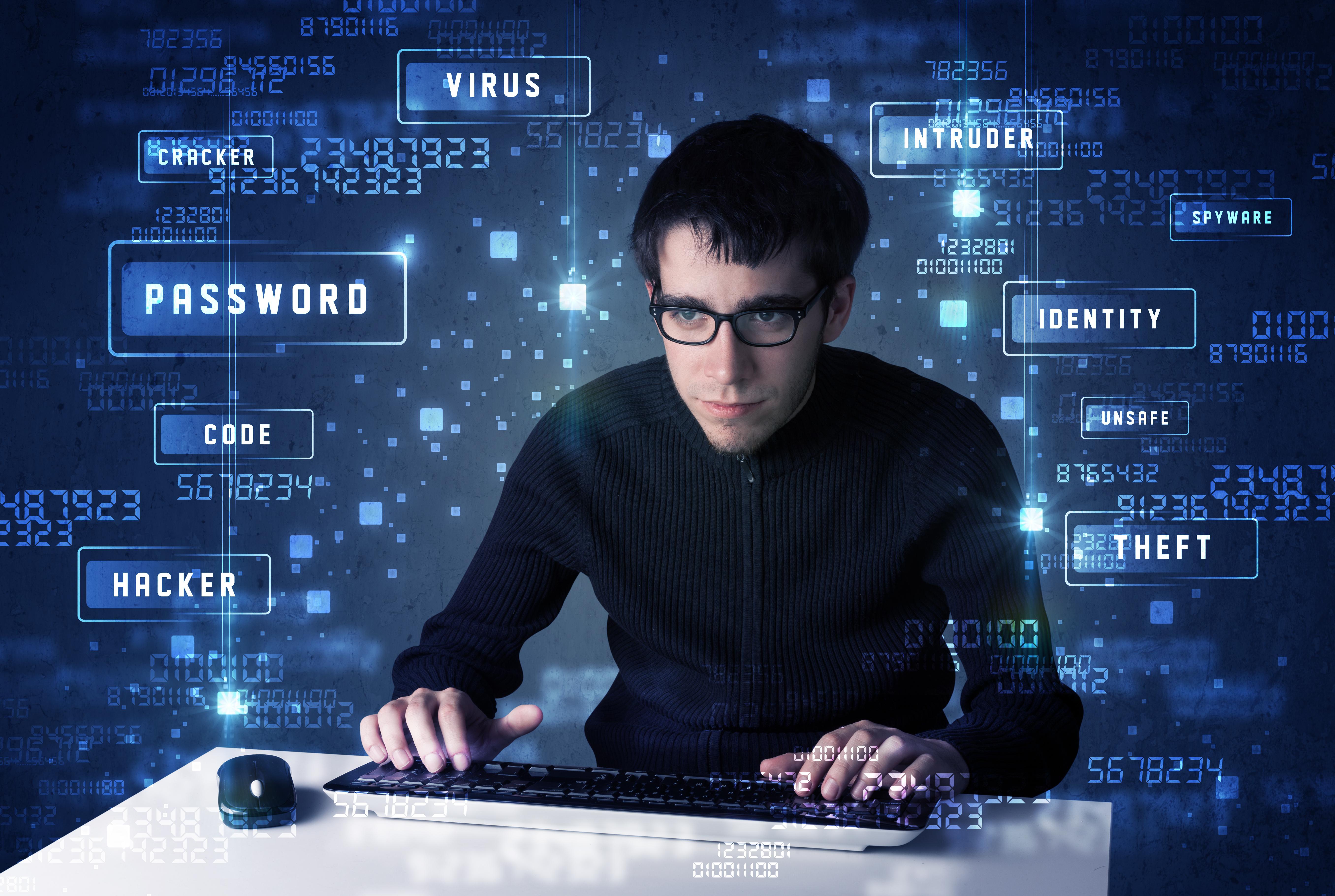 ¿Qué diferencias hay entre hacker y cracker?