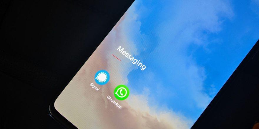 Unión Europea deja WhatsApp