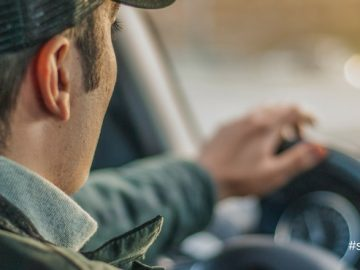 30% de accidentes de tránsito son por el uso del celular