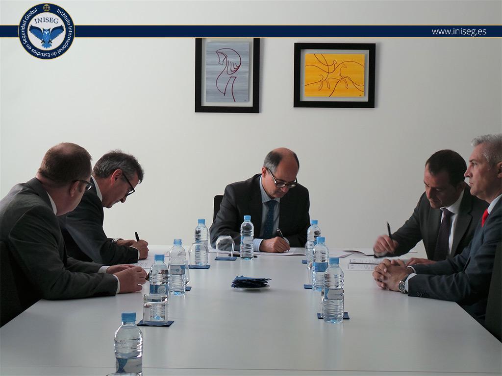 convenio firmado Universidad San Jorge